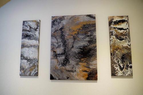 'schwarz/weiß/gold' von GraefinvonEhrenberg