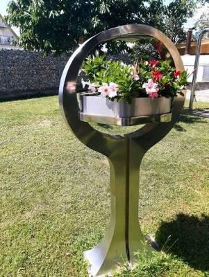 Blumenskulptur