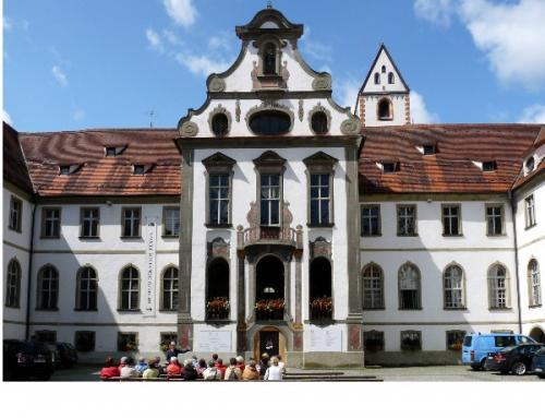 Ausstellung 'Aktuelle Kunst im Museum der Stadt Füssen' von Toischer